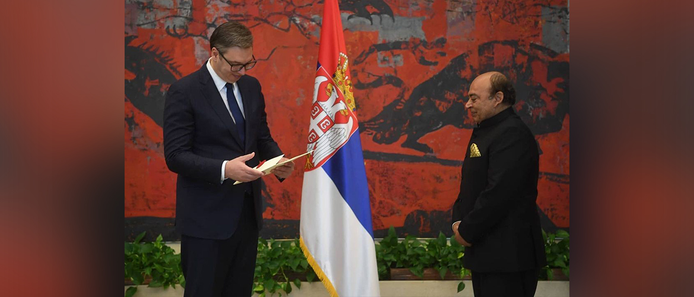 Ambassador of India to Serbia Shri Sanjiv Kohli presents his credentials to President Aleksandar Vucic (25/8/2021)